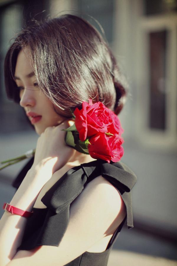 唯美意境女生QQ皮肤图片分享