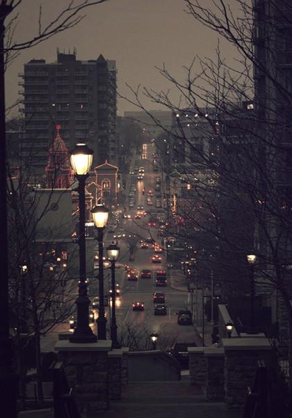 繁华城市唯美夜景QQ皮肤图片