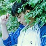 男生阳光帅气QQ头像
