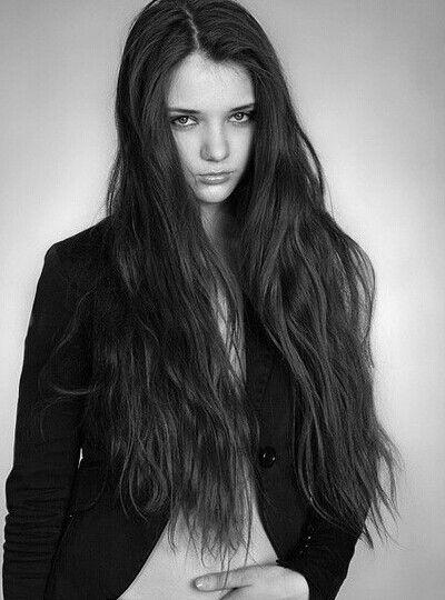 欧美个性潮流长发女生
